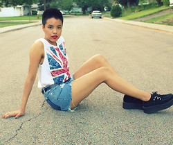 Crystal R. - Burlington Coat Factory London Flag Tank, Thrifted Diy Denim Shorts, T.U.K. Creepers - Damned and distressed