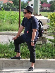 Genniel mark Angeles - Black Eyeglasses, Kenneth Cole Black Leather Bag, England I.D Lace, Black Sports Watch, Black Cusifix, Superman Neckpiece, Black Fedora, American Apparel Black Pants, Black Loafer Shoes, I Phone 4s, Giordano Black Plain T Shirt - ADVENTURE time!!!