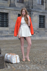 Lara Rose Roskam - Sheinside Peplum Dress, Louis Vuitton Travel Bag, Supertrash Coral Heels - CITY TRAVELLER