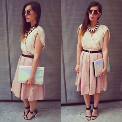 Naomi Rowland - Topshop Skirt, H&M Dress, Topshop Necklace, Zara Clutch, Topshop Sandals - In The Pink
