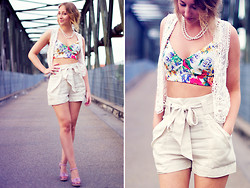 Sarah G. - Zara Bralet, H&M Shorts - I couldn't care less ;)