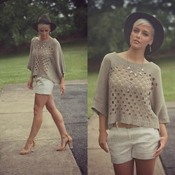 Samii Ryan - Forever 21 Sweater, Forever 21 Accessories, The Limited Shorts, Urbanog Heels - Hole In One