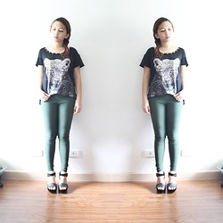 Lesly D. - Chinatown Green Jeggings, Cheetah Top With Studs, Dept. Store Suede Wedges - Bite me
