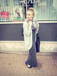Sara Arminen - Vila Maxidress, Vila Knit, H&M Shoes, Pieces Scarf - I PROMISED I WOULD NEVER PLAY IT SAFE