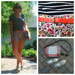 Alexandra Senycia - Madewell Floral Shorts, Sperry Metallic Boating Shoes, Anthropologie Embroidered Purse - Just another hot Chicago day.