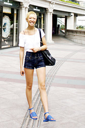 Yaki Man - Givenchy Sandals, Abercrombie & Fitch Top, Prada Bag - Summer