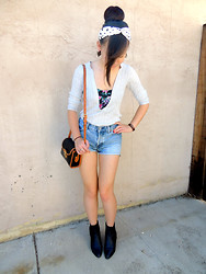 Shelly Cono - Vintage Black Booties, Gap Light Washed Denim Shorts, Dooney And Bourke Purse, Floral Bustier, The Limited V Neck Sweater - Sunshine Georgie