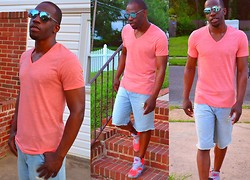 Trey Bryant - Aldo Aviator Sunglasses, Urban Outfitters Salmon V Neck Tee, 7 For All Mankind Jean Shorts, Nike Hot Pink & Gray Airmax Sneakers - Mirror Mirror on the Wall