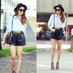 Virgit Canaz - Chichwish Blouse, Moschino Vintage Belt - Neutrals