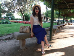 Rebeca Solis Medina - Zara Glass, Asos Pants Skirt, Primark Handbag, Zara Necklace - In the park...