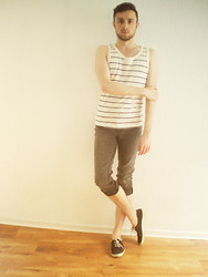 Constant . - Victoria Tennis, Pull & Bear Skinny, H&M Tank Top - Sad boy