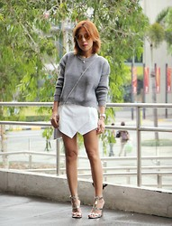Sarah Tirona - Chicnova Cropped Gray Sweater, Romwe White Origami Skorts - Cropped and chunky