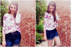 Lucy Amelia - New Look Butterfly Swing Top, Marks And Spencers Denim Shorts (Diy) - Butterflies and flowers