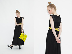 THE WHITEPEPPER - The Whitepepper Sailor Midi Dress Black, Juju Jellies - Yellow highlights