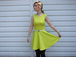 Courtney Melville - Market Choker, New Look Dress, Asos Belt, New Look Tights - You are my sunshine