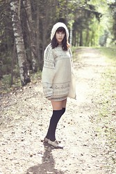 Riikka P - From Greece At 90's Cardigan, Dinsko Shoes - Festina lente