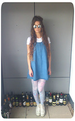 Megan Van de - Topshop Denim Pinafore - 99.
