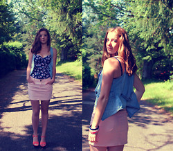 Emilie P - Pale Pink Skirt, Bustier Printed, Jean Vest - «When you love, God's light shines on you» - Into the wild.