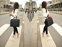 Karolina F. - H&M Bag - White look