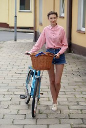 Maria Joanna - Jumbo Vintage Shoes, Sh Shirt, Sh Shorts, Lovely Bike <3 - Rowe Love <3