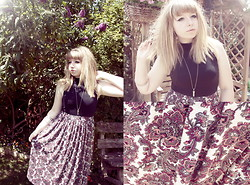 Sarah Worcester - Asos Paisley Midi Skirt, Topshop High Neck Crop Top - Blissful