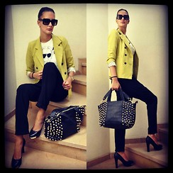 Amina Allam - Marc By Jacobs Sunnies, Cozbest Blazer, Zara Pants, Melany Brown London Bag, Chanel Pumps, Choies Karl Lagerfeld T Shirt - Friends are the sunshine of life