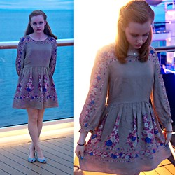 Casey Marie Ecker - Free People Floral Dress, Brunomagli Shoes - Sea Blossom