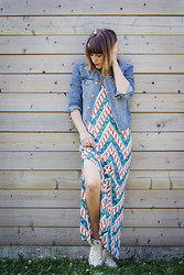 Eline V. - Swaychic Dress, H&M Jacket, Converse Shoes - Maxidress