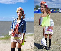 Ūla U. - Planet Hollywood Denim Jacket, Primark Neon Top, H&M Cute Shorts, Stradivarius Long Socks, Some Old Backpack, Diy Floral Crown - Positivus'13