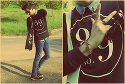 Melik D - Topman Long Live Lndn Bag, Topman Spray On Jeans, Vans Leoprint, Forever 21 Glasses, Topman Cufflinks - LNG LVE LNDN