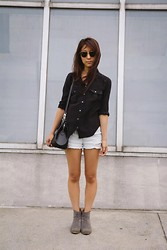 Yuri Lee - J. Crew Silk Button Down, Louis Vuitton Brea Bag Epi Print, Nordstrom Denim Shorts, Nine West Boots, Ray Ban Sunnies - In front of the Met