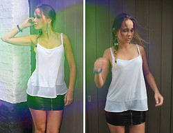 Anastasya Chernook - H&M Basic Top - A thousand street scenes just around the corner