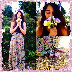 Shahaf Zalait - H&M Floral Skirt, H&M Floral Headband, Iregular Choice Bear Sandals - Floral