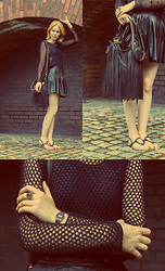 Monica J - Zara Crocheted Sweater, Casio Watch, Frontrowshop Leather Skirt, Nasty Gal Leather Bag - The fan of BLACK