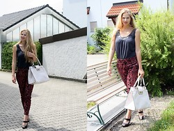 Elaine Storm - Orsay White Bag, Deichmann Black Peep Toes, H&M Printed Pants, C&A Grey Shirt - Printed Pants
