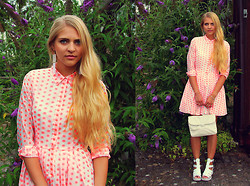 Nadja B - Asos Dress, River Island Sandals, Vintage Bag, Six Earrings - Like a doll