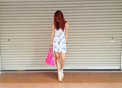 Stephanie A - Deandri Helgas, Paul's Boutique Maisy, Topshop Floral Dress - Back from a Break