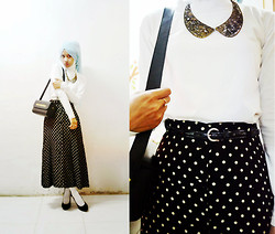 Pramita Handarini - Dotted Skirt, Plain White Top, Collar Necklace, Black Box Bag, Black Stiletto, White Socks, Baby Blue Scarf - The dots match any single character