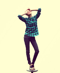 Gráinne W. - American Eagle Outfitters Check Shirt, Primark Pu Pants, River Island Buckle Hells - Checking Him Out