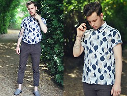 Joe Weightman - Cross My Palm 80's Leaf Patterned Shirt, Topman Chequered Trousers, Vintage Loafers - Tinpan Alley: It Really Hurts Me