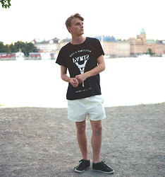 Theo Ortengren - 5 Preview T Shirt, Weekday Shorts - Paris in Stockholm