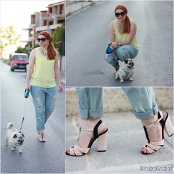 Call me M - Timeless Sandals, Zara Jeans, Zara Top - Walking my dog in style