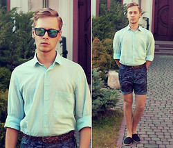 Mykola Hruts - H&M Green Mirror Sunglasses, Nobrand Vitage Mint Shirt, H&M Floral Print Chino Shorts - Tell Me It's Not Over