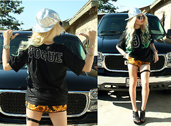 LUNA LOVEBAD - Open24hrs Holographic Fitted Cap, Love 90/Vogue Jersey, Rojas Clothing Sunflower Blossom Shorts - VAN VOGUE