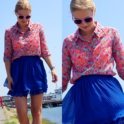 Kamila Libelula - Stradivarius Shirt, Stradivarius Skirt, H&M Sunnies - Hello August! | Floral shirt & cobalt skirt