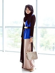 Nadia Sabrina R - Vivi Zubedi Mikeji Long Outer, Salvatore Ferragamo My Gift, Salvatore Ferragamo Work Pumps, Armani Exchange Gold Plated Belt - Downy Mistique
