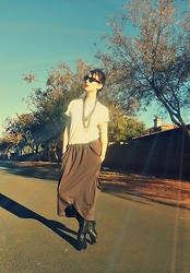 Rita Schalkwyk - Crave Slouchy Skirt, Bronx Cowboy Boots - Take it easy...