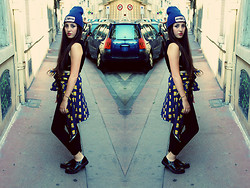 Emmy Freeman - Blue Beenie, Asos Creepers, Sheinside Bart Simpson Shirt, Black Leggings, Asos Black Top - GOLD