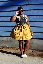 Lydia O. - Cheap Monday Cat Eye Sunglasses, Divided (Men's) Gnashing Teeth Tee, Gap Pleated Skirt, Value Village Vintage Leather Woven Oxfords - Hey, My Sun Eyed Girl.
