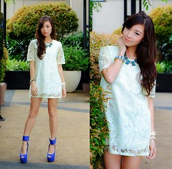 Kryz Uy - Wagw Dress - Lady Lacey